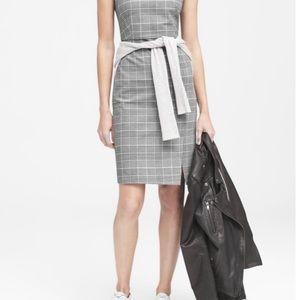 Banana Republic (2P) Grey Plaid Sleeveless Dress